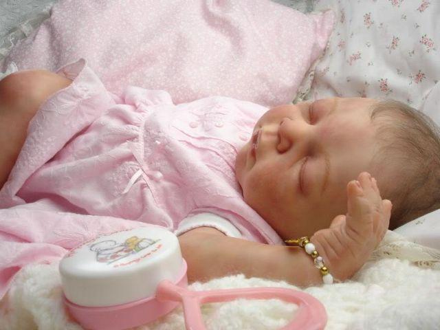 Stimulacija prevremeno rođene dece